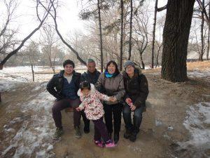 Luke com a família de acolhimento
