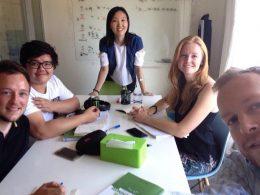 Aprender Mandarim em Pequim - Professora Lucy e alunos