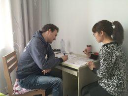 Aula de chinês com a professora Tina em Chengde