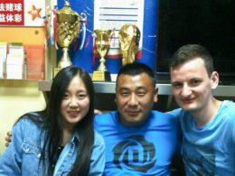 Estudantes e pessoal em Chengde