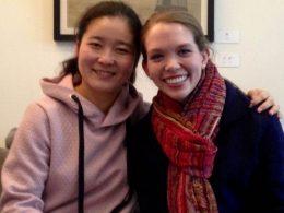 Kathryn com a professora Helen