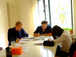 Aprendendo chinês com a LTL Escola de Mandarim