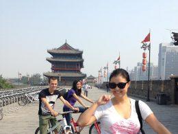 Andando de bicicleta pelas ruas da China