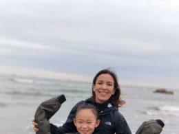 Nadia e sua irmã de acolhimento em Chengde