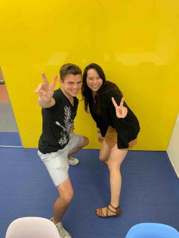 Oliver e sua professora de chinês