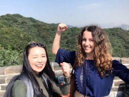 Marie e Jasmine conquistando a Grande Muralha da China