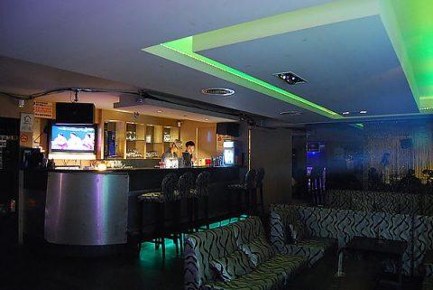 Q9 Lounge Bar - Tudo o que você conseguir beber