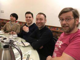 Hora de jantar em Xangai